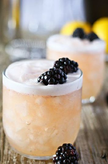 Blushing Whiskey Sour via Kleinworth & Co