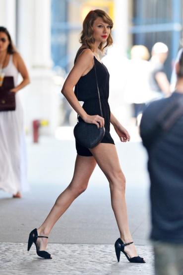Taylor Swift-20140616-17
