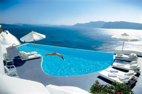 Spectacular Pools Around the World: Katikies Hotel, Santorini