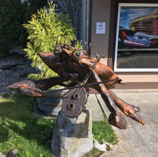 Fiddler crab sculpture, La Conner, WA