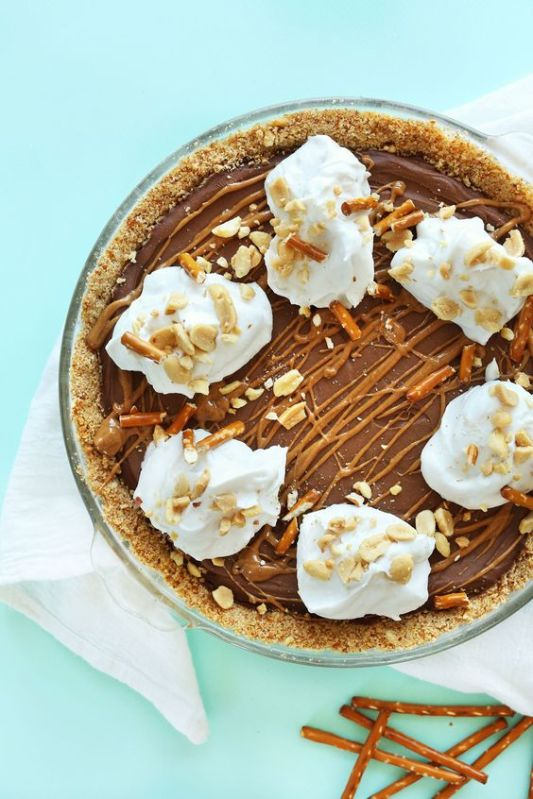 Pretzel Peanut Butter Chocolate Pie